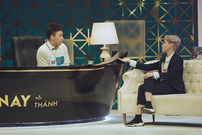 Tran Thanh: 'Xa hoi hien nay dang day chung ta cu bi oan uc la phai cam mieng sao?'
