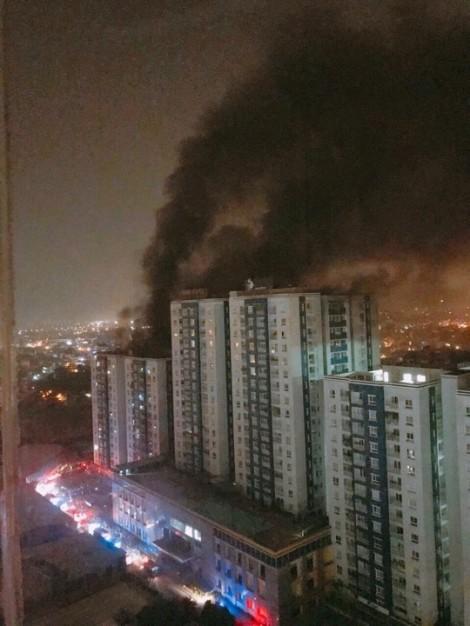 Xem lại diễn biến toàn bộ vụ cháy chung cư Carina Plaza