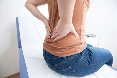 Đau lưng sau khi ăn là dấu hiệu của bệnh gì?