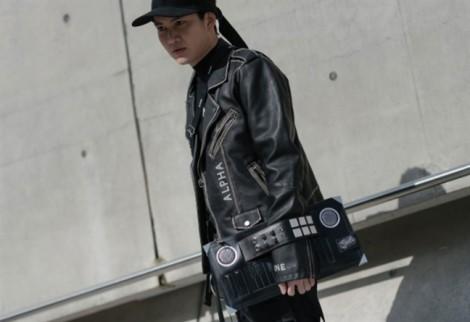 Trang phục cá tính 'chiếm sóng' đường phố tuần lễ thời trang Seoul