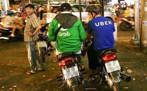 Sau khi thâu tóm Uber, Grab có độc quyền tăng giá?