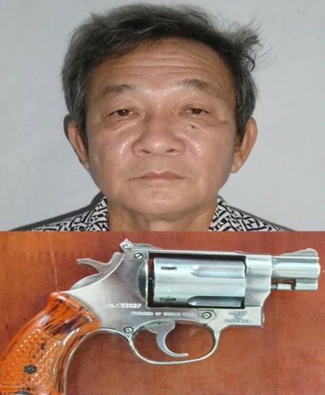 Chủ hãng nước đá dùng súng kề vào đầu dọa giết nhân viên vì đuổi việc hoài không nghỉ