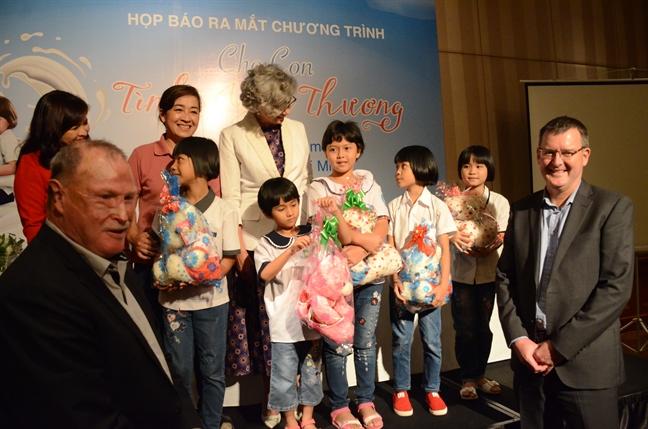 Bao Phu Nu cong bo chuoi su kien 'Cho con tinh yeu thuong'