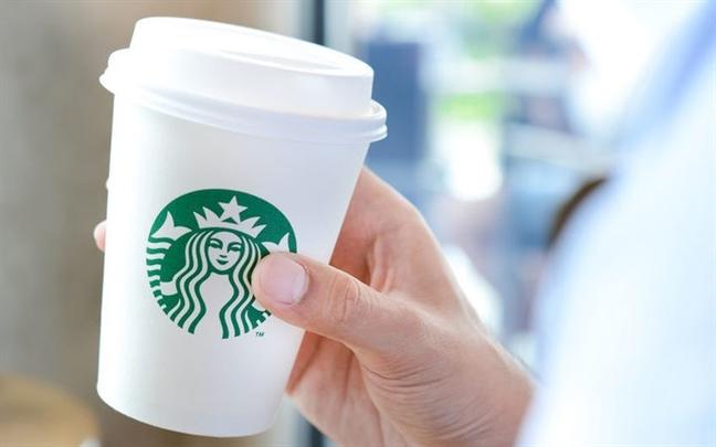 Yeu cau dan canh bao chat gay ung thu tren san pham cua Starbucks va nhieu hang khac
