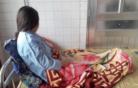 Khởi tố người phụ nữ hành hung cô giáo mầm non, ép quỳ xin lỗi con mình