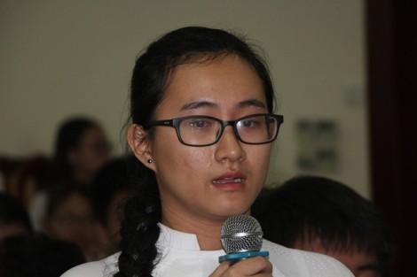 Vụ 'cô giáo lạnh lùng': Phụ huynh đòi viết thư gửi Bộ trưởng Bộ GD-ĐT