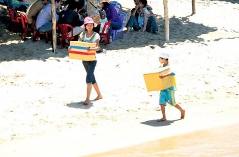 Những đứa trẻ ở làng chài