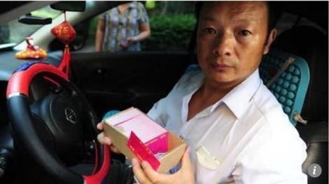 Con gái mất tích, cha làm tài xế taxi đi tìm suốt 24 năm và điều kỳ diệu đã đến