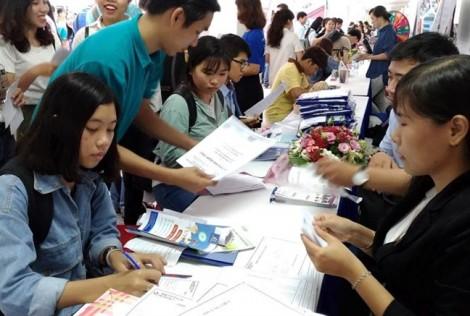 Trường ĐH Mở TP.HCM dành hơn 3.000 suất học bổng cho tân sinh viên