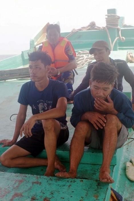 Triệt phá vụ buôn lậu hơn 20.000 lít dầu trên biển