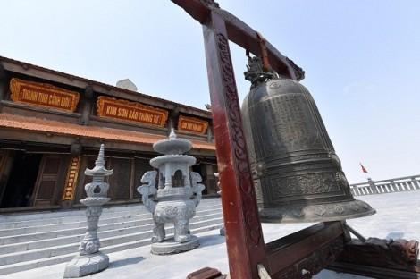 Thán phục trước độ tinh xảo của những công trình tâm linh trên đỉnh Fansipan