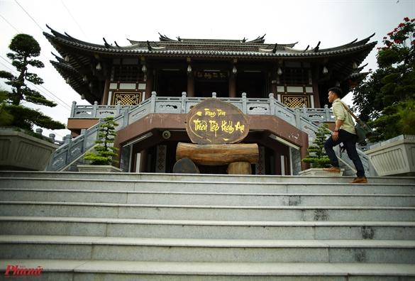 Khong gian binh yen trong tu vien phong cach kien truc Nhat giua Sai Gon