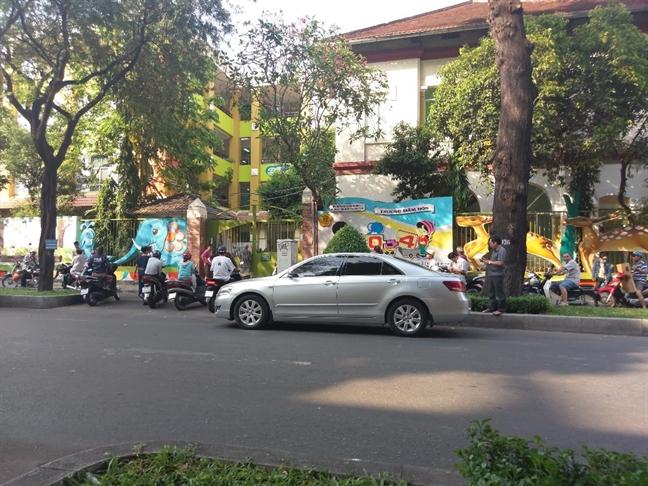 'Ac mau' o Truong Mam non 30-4: 'May la con nguoi hay thu'