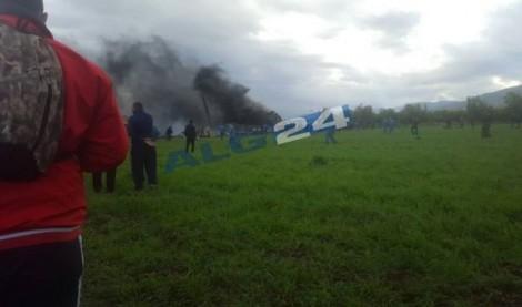 Máy bay chở quân nhân rơi tại Algeria, ít nhất 257 người thiệt mạng