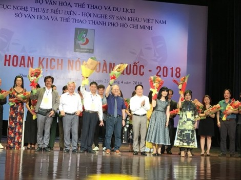 Khai mạc Liên hoan Sân khấu kịch nói toàn quốc: 'nín thở' chờ đợi