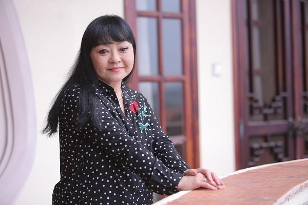 Huong Lan 'cuoi ra nuoc mat' khi hai nguoi con trai bi hieu nham thanh… con gai