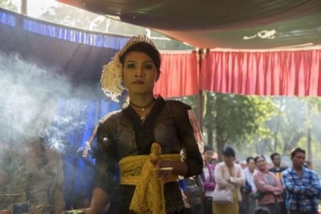 Nghề đồng cốt - vận may của những người chuyển giới ở Đông Nam Á?