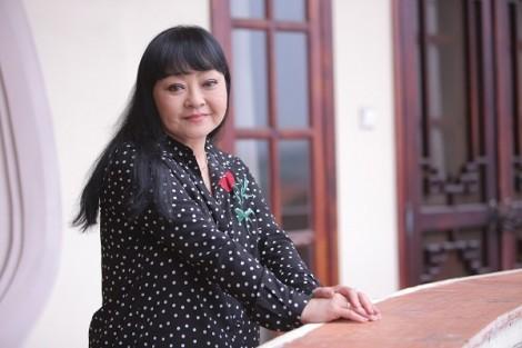 Hương Lan 'cười ra nước mắt' khi hai người con trai bị hiểu nhầm thành… con gái