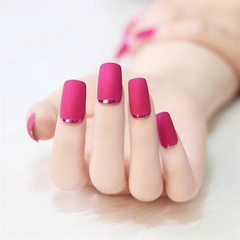 Phụ nữ thích sơn móng tay từ khi nào?