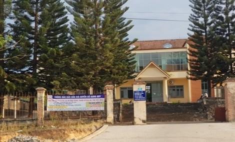 Cán bộ trung tâm phát triển quỹ đất bị bắt vì nhận hối lộ