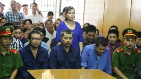 Phó trưởng phòng CSGT bị cấp dưới tố nhận hơn 300 triệu để bảo kê 'xe vua'