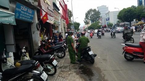 Bỏ chạy sau va chạm giao thông, thanh niên bị đâm gục giữa đường ở Sài Gòn