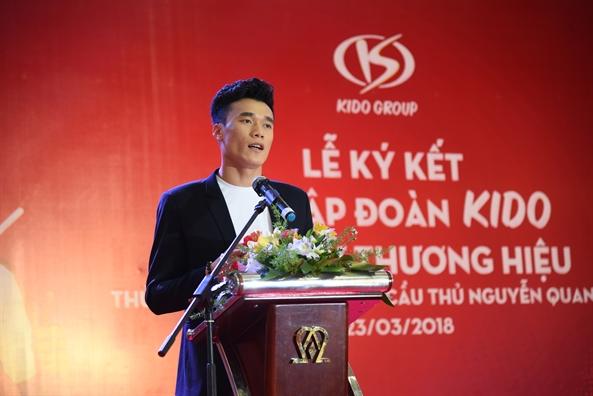 'Giao' thuong hieu cho nguoi noi tieng: canh bac may rui?
