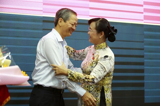 Chia se xuc dong cua ong Le Van Khoa trong ngay roi chuc vu Pho chu tich UBND TP.HCM