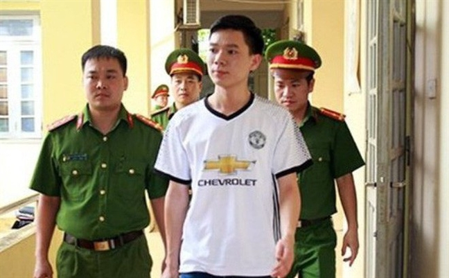 Ngay 7-11/5 xet xu bac si Hoang Cong Luong