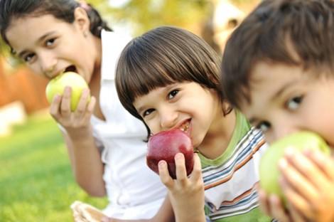 Con bạn ăn gì mỗi ngày?
