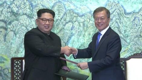 Bước chân lịch sử và chương mới xán lạn trong quan hệ liên Triều?