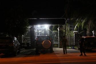 Vụ Bộ Công an vây bắt vụ vận chuyển gỗ lậu quy mô lớn: Khám xét khẩn cấp nhà Phượng 'râu'