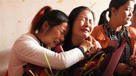 Trung Quốc: Cô gái bị bắt cóc 21 năm đoàn tụ với cha mẹ đẻ