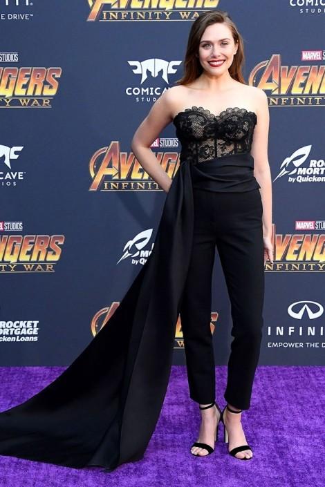 Nàng 'phù thủy đỏ' của bom tấn Avengers mặc đẹp nhất tuần qua