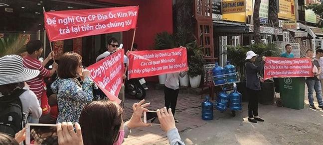 Gia han dieu tra vu khach hang to Cong ty Kim Phat, Viet Hung Phat lua dao