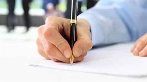 Quy định phạt 'chữ ký không giống mẫu' làm khó doanh nghiệp?