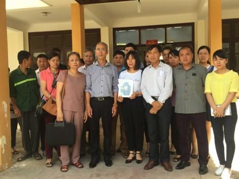 Xử sơ thẩm vụ tai biến chạy thận tại tỉnh Hòa Bình: Vì sao cựu giám đốc bệnh viện vắng mặt?