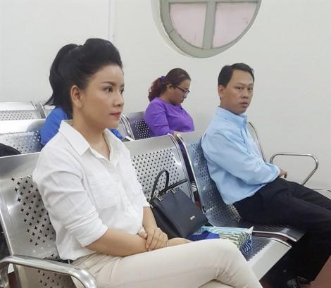 Diễn viên Ngọc Trinh thắng kiện Nhà hát Kịch TP.HCM trong phiên tòa phúc thẩm