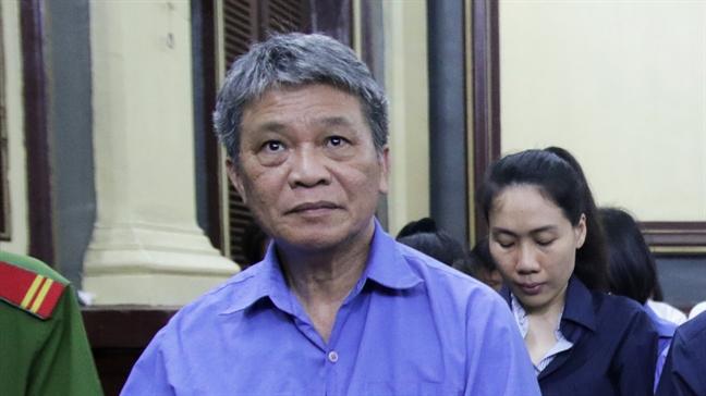 Xet xu dai gia Hua Thi Phan: Ban lanh dao TrustBank chi la 'nguoi lam thue'?