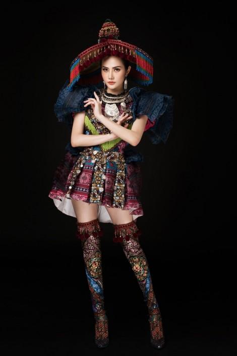 Lần đầu tiên, trang phục dân tộc H'Mông được mang ra đấu trường nhan sắc quốc tế