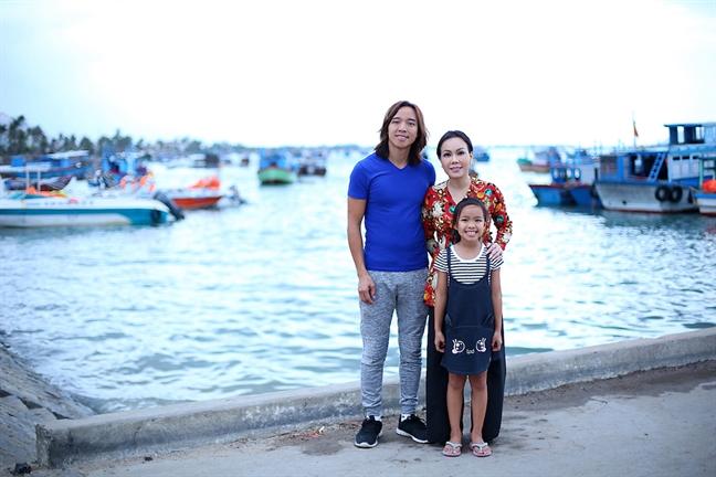 Viet Huong lam phim 'Em gai mua' vi rung dong voi bai hat chong tang