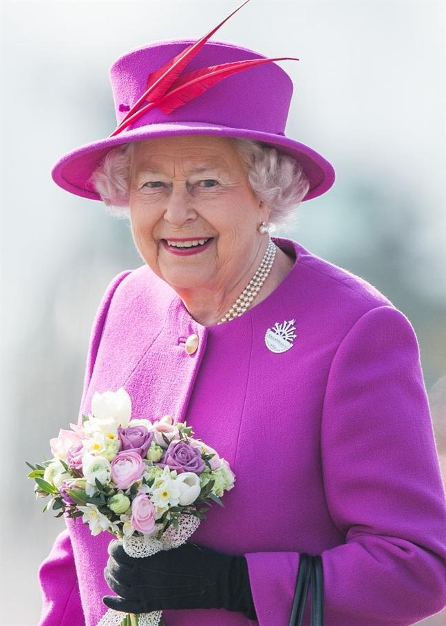 14 quy tác thòi trang các thành vien hoàng gia phải tuan thủ