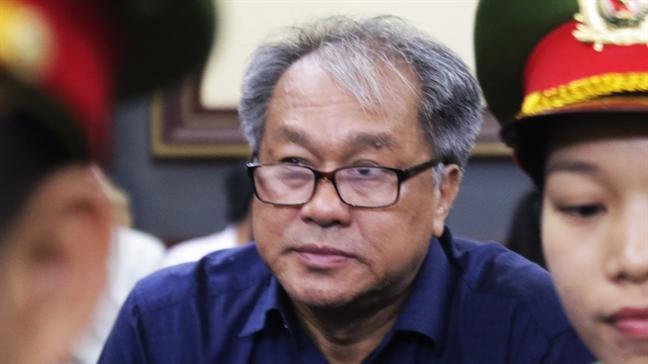 Mua lai TrustBank, Pham Cong Danh 'soc' khi 'sap bay' cua dai gia Hua Thi Phan