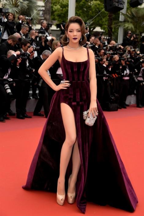 Dù chuẩn bị chỉn chu, Lý Nhã Kỳ vẫn không được ống kính tại thảm đỏ LHP Cannes 'ưu ái'