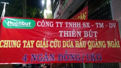 Người Sài Gòn nghĩa tình 'giải cứu' 18 tấn dưa hấu Quảng Ngãi