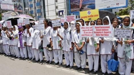 Ấn Độ: Một tuần ba vụ hiếp dâm rồi bị thiêu sống
