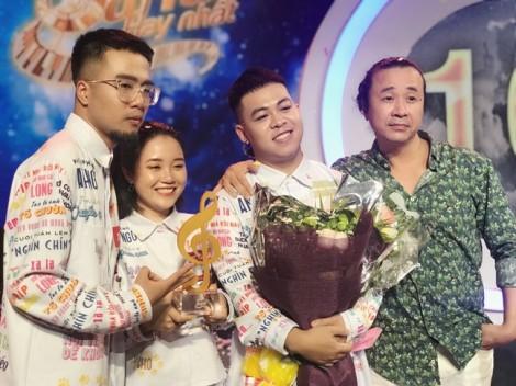 Lộn Xộn Band chiến thắng trong một mùa Sing My Song 'lộn xộn'