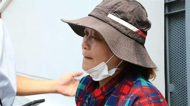 Me hiep si Nguyen Hoang Nam: 'Me tu hao nhung dau qua'