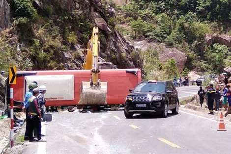 Vụ xe chở cán bộ công an hưu trí lật đèo khiến 3 người chết: Xe chạy đúng tốc độ