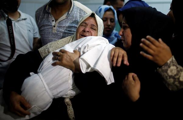Be gai 8 thang tuoi Palestine thiet mang trong 'ngay dam mau' o Gaza